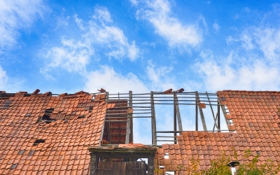 Roof damage, roof repair, roof replacement, shingles, storm damage